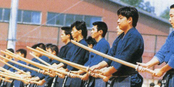 女子校が男子を受けれたのは県内初